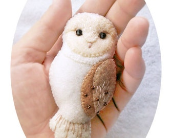 Barn Owl Felt Brooch, Woodland Animal Jewelry, Ivory White Barn Owl Pin, Handmade Gift for Girlfriend Sister Daughter