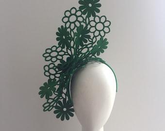 Fascinator , green fFascinator , headband Fascinator , Kentucky Derby Fascinator , modern Fascinator , hat