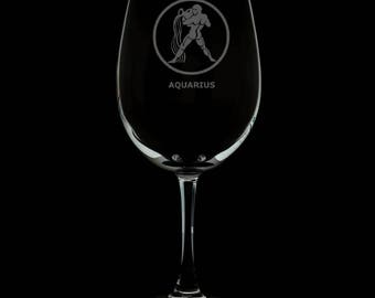 13 Ounce Aquarius Personalized Wine Glass