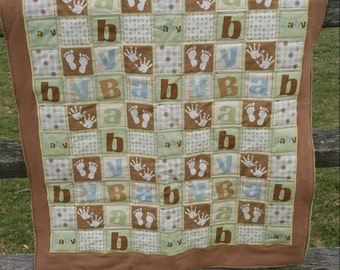Neutral Baby Crib Quilt