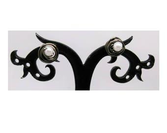 Ring around the Pearl Stud Earrings