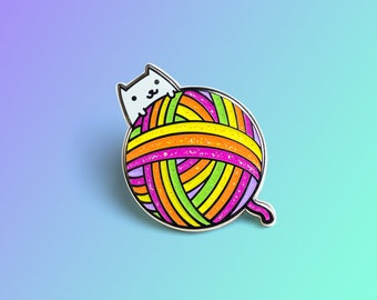 Knitting Cat Hard Enamel Pin – Gift for cat lovers / knitting accessories / Rainbow color enamel pin