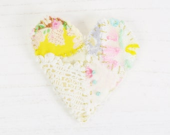 Heart Brooch, Embroidered Heart Brooch, Patchwork Brooch, Fabric Heart Brooch, Embroidery Brooch, Love Heart Brooch, Heart Pin, Brooch Pin