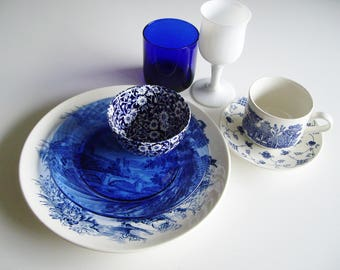 Vintage, Mismatched, Place Setting,  Blue and White, Cobalt, Blueware, Calico Burleigh, Transferware, Pyrex, Wedgwood, Libbey, English