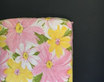 fitted crib sheet made with vintage sheet- Ready 2 Ship