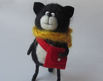 Felted cat Animal felted pet Wool decor animal Toy wool cat Baby animal felt   animal Miniature decor Felt needle  toys