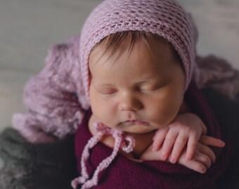 Baby Bonnet. Photo prop bonnet. Handmade baby bonnet. Made to order.
