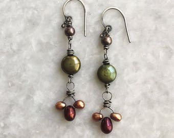 Autumnal earrings - Freshwater pearls, oxidized sterling silver
