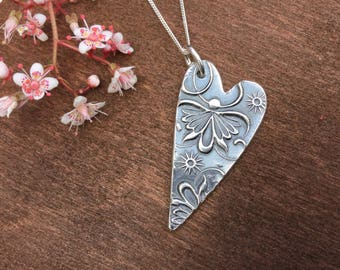 Floral heart,silver heart necklace, heart pendant, gift for her, gift for mum, gift for girlfriend.