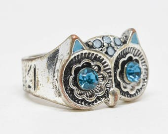 Charming owl face silver tone ring