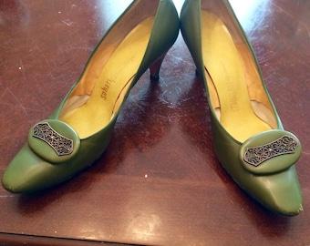 Vintage Ray Ehinger Olive Green heels with metal detail