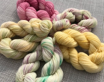 Mini skein set of hand dyed yarn (75 super wash merino 25% nylon) 4 ply / fingering weight 5 x 20g