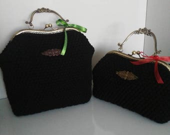 Large handbag viscose black 25 cm x 21cm antique Bronze Metal handle crocheted felt lining