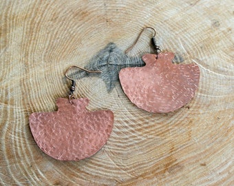 Copper earrings hammered square