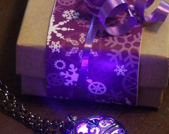 Jewelry Necklace Purple glowing Ornate Pendant