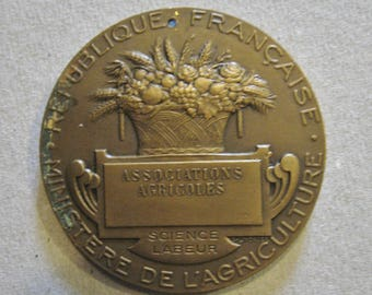 A Nice French Agriculture Bronze Award Medal - Republique Francaise Ministere de L'Agriculture