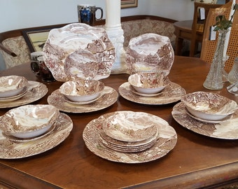 Vintage Johnson Brothers Brown and white 25 Piece Place Set