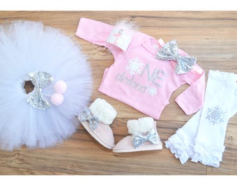 Winter in wonderland first birthday, frozen outfit, winter party themed, smash cake outfit, Silver Pink tutu.