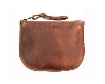 LUNA POUCH Henna Brown • Oil Tanned Leather Case