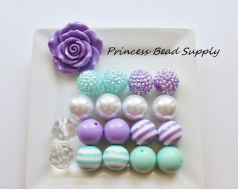 Lavender, Aqua and White Flower Chunky Necklace Kit,  DYI Bubble Gum Bead Necklace Kit, Rose Necklace, Make It Youself Chunky Neckace
