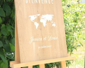 Welcome sign - world map - globe Trotter - wood - oak