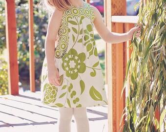 Patron de couture de Lily Bird Studio PDF Angelique robe pour filles de 1 à 10 ans - taille haute, poches larges réunis