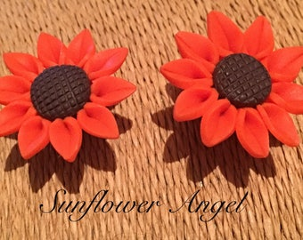 Orange daisy, Sunflower Earrings, studs or clip on. Polymer clay.