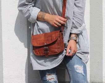 Gusti Leather ' Mary 7.9 ' cross-body handbag