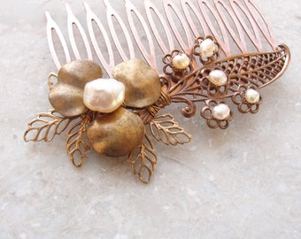 Romantic Pearl Hairpiece Vintage Filigree Bridal Haircomb