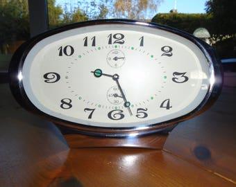 Retro Alarm Clock, 1960s Clock, Vintage Clock.