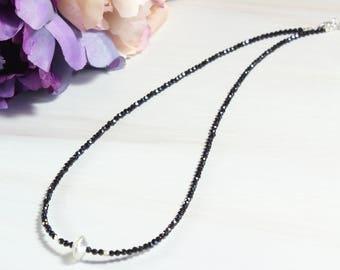 Black Spinel Beaded Necklace,Short Black Stone Beaded Necklace,Small Beaded Necklace,Stacking Layered Necklace,Black Short Necklace Woman.