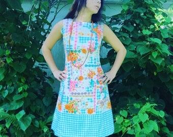 Mod Daisy Dress