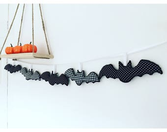 Halloween bunting,bat bunting,halloween decor,bat decor,bat banner,bat garland,halloween party decor,halloween gift,halloween home decor