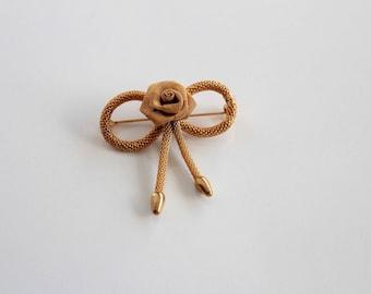 Vintage unsigned  3 Dimensional Mesh Rose Flower Pin Brooch  # 1754