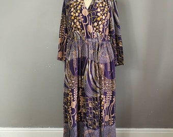 Purple peach vintage dress / biba style vintage dress / purple 70s hippie dress / 70s bohemian vintage dress / Bohol floaty dress large size
