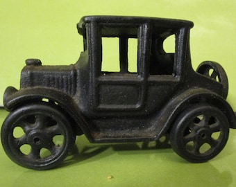 Model T Toy Car / Vintage Cast Iron /Decorative / Collectible Car / Gift for Him / Display Item / Miniatures /Paperweight / Man Cave