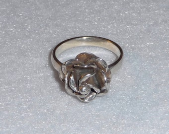 Ring. Sterling Silver. Mexico. Vintage.