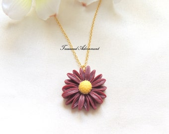 Maroon Flower Necklace, Daisy Flower Necklace, Margaret Necklace, Maroon, Mother and Daughter Necklace, Graduation presen,t birthday gift