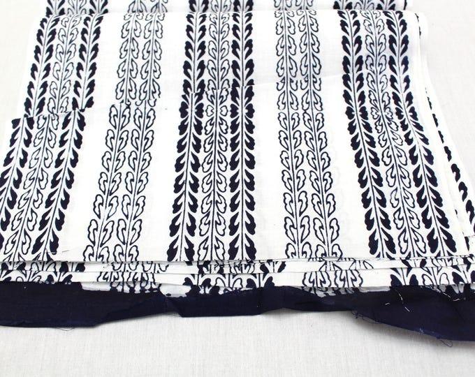 1 Meter Pcs. Japanese Vintage Indigo Yukata Cotton. Hand Dyed Indigo.  (Ref: 1714)
