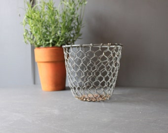 Vintage Galvanised Wire Plant Pot Holder
