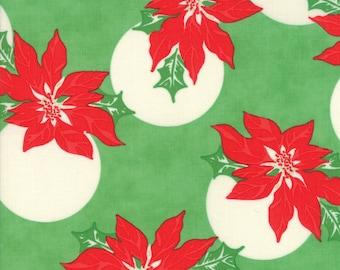 Wellengang Weihnachten von Urban Küken - Pointsettia Polka Dot grün