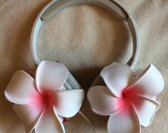Lana Del Rey flower floral headphones from Music To Watch Boys To — DELUXE