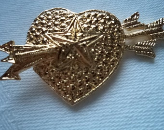 Vintage Unsigned Goldtone Heart with Arrows Brooch/Pin