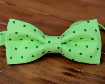 Mens Green Dot Cotton Bow Tie - bow tie for men and teen boys | mens wedding bow tie | mens Christmas Easter St Patricks Day bow tie | gift