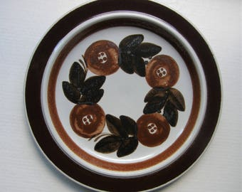 Arabia Finland: A ROSMARIN Series Large Hand Painted Plate, Pattern Designed By Ulla Procope