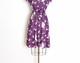 vintage 70s dress, 70s sun dress, plum purple white, 70s floral dress, floral print dress, 70s clothing, hippie dress, boho dress, S M