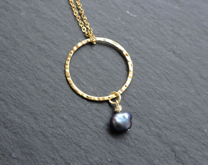 Peacock Pearl & Gold Karma Ring Pendant - hammered gold circle - Long necklace, dark purple/blue Freshwater baroque pearl drop