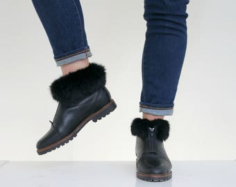 1990s Fur Trimmed Ankle Boots // Women's Size 5-1/2 (5.5) to 6