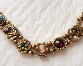 Wonderful Vintage GOLDETTE NY Victorian Revival Style Single Slide Charm Bracelet