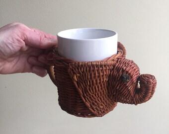 Vintage Elephant Mug Basket with Handle
